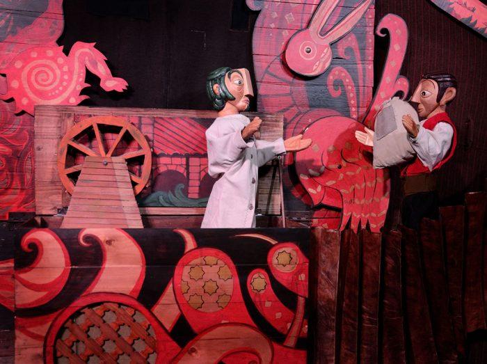 Teatro Educativo E Imaginativo Para Familias Con Niños En El Auditorio