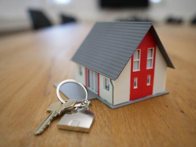 Impuestos y gastos asociados a la hipoteca inversa